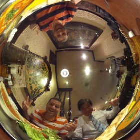 Lunch with Satoru and John! #theta360