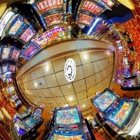 Casino Slots - www.ansonchew.com #anson360 #exploresingapore #yoursingapore #ansonchew #backpack_singapore #archivingsg #madaboutsingapore #casino #slotsmachine #gamble #jackpot #theta360