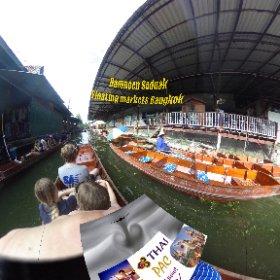 Damnoen Saduak Floating Market 80km from Bangkok city, details Thaibis Popular tours  https://goo.gl/ILyraL BEST HASHTAGS #DamnoenSaduakFloatingMarket   #BkkFloatingMarkets  #butterfly3d