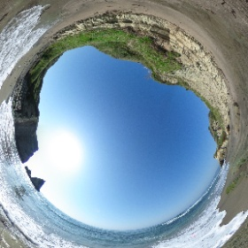 大波月海岸