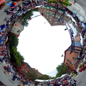 Ithaca Apple Harvest Festival 2016 - Even though it was overcast, #DowntownIthaca was packed on Saturday afternoon. #theta360