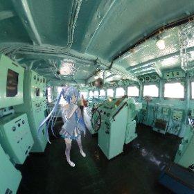 名古屋港の南極観測船ふじに行ってきた。 ブリッジで決め顔する雪ミクさん #miku360   #theta360