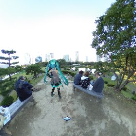 浜離宮のプロジェクションマッピング会場をのぞむミクさん #miku360 #tokyo150  #theta360