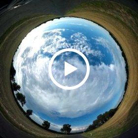Eine etwas andere Autofahrt/Sichtweise. ;) #theta360