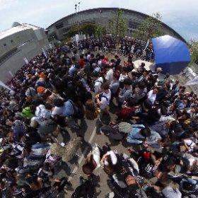 ニコニコ超会議、まあ並んでますねぇ。 #theta360
