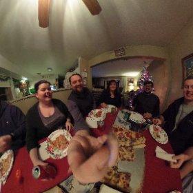 Around the family table #theta360