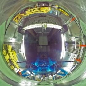 観測階フロント側 / Front Side of Observation Floor (Date: 2014/2/5. Photo by Dr. Hideaki Fujiwara, Public Information Officer/Scientist.)