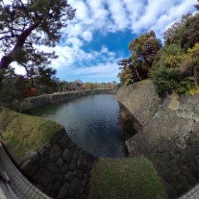 西桔橋門から三日月堀を眺めまシータ。一般公開時しか見られない貴重な眺めなり。  #theta360