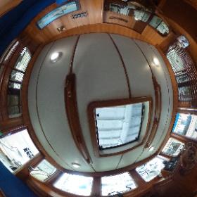 37' Mariner Seville Pilothouse #theta360