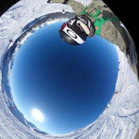 ウィスラーにてスノボ滑走中を360度撮影に挑戦!