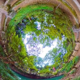 唐沢山の大炊の井。全国山城サミットが11月に開催されます。 #theta360