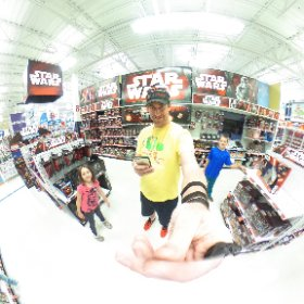 360 degree shot from the Star Wars aisle in Toys R Us. #theta360