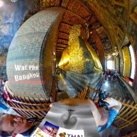 Wat Pho is a fortified temple at Grand Palace, enormous reclining Buddha and graduate in the art of Thai massage, SM hub http://goo.gl/13Q8zQ BEST HASHTAGS  #WatPho #BkkTemple  #RecliningBuddha  #BkkZoneRattanakosin