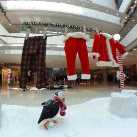 Hang his clothes before Christmas #theta360