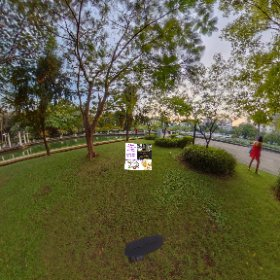 360 spherical Suan Phlu Park in Silom, boutique park, exercise zones,  next to art centre , SM hub https://goo.gl/DRNcTL BEST HASHTAGS #SuanPhluPark    #BkkPark    #BkkGardens   #BkkZoneSathorn   #BkkWalkingTours #butterfly3d #theta360
