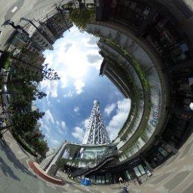 It's really hard to show you how big is the #TokyoSkytree! It's so tall ! #日本#豊田 #theta360 #theta360fr
