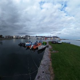 Peak of the summer with a maximum tide in Galway's Claddagh Quay #craicingalway #rain3d #theta360