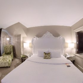 To 409 at The Mansion on Forsyth Park, Savannah GA #theta360