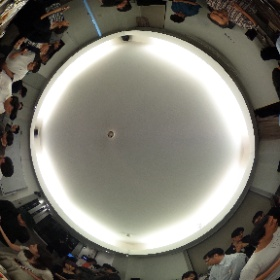 今とっても話題のdiverseさんの引越し記念パーリーで、パノラマを! #theta360