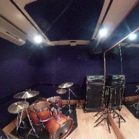 【#店舗情報】3〜4人編成のバンドに人気のA1スタジオを360°撮影可能なTHETA Vで撮影してみました!スタジオの雰囲気や広さなども体感できます! #studionoah #shibuya #studio #スタジオ #バンド #渋谷