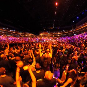 U2 Elevation Berlin 13/11 360 shot #U2eiTour #U2Berlin