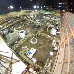 Νύχτα-μέρα συνεχίζονται οι εργασίες στα αρχαία, για το Μετρό της Θεσσαλονίκης. #greece #thessaloniki #metro #2016 #theta360