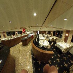 Hall d'entrée du bateau MS Jane Austen, la sale à  manger