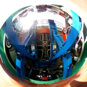 TVR T350cを下から覗いてみると・・・ #theta360