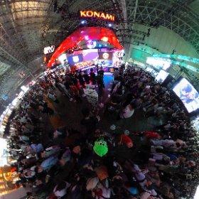 So many people in the #Konami booth 😁 ! #TokyoGameShow2019 #theta360 #theta360fr