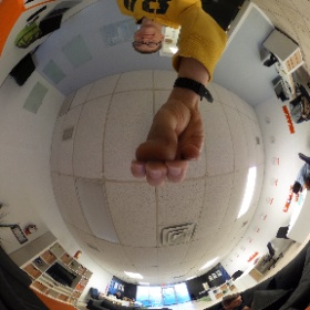 Early morning in the office testing some new equipment #paismovement #360photo  #theta360