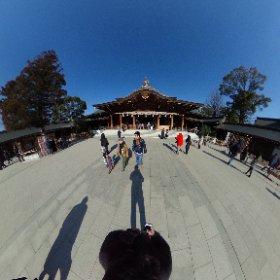 昨日神奈川寒川町にある八方除けで有名な寒川神社に行ってきました。 1月ももう半ばですが、今年一年の家内安全とザッツ川口のさらなる飛躍を祈願しました。 皆様にとっても素晴らしい一年になりますように。