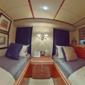 360 view Oceanfast 87' Guest Stateroom #1 lovethatyacht.com #theta360