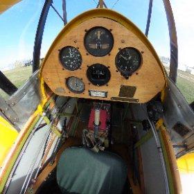 TigerMoth Cockpit Front