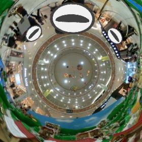 レイクタウンでシルバニアファミリーのイベントやってる、ミニチュアフィギュアの360度写真楽しい。 #theta360