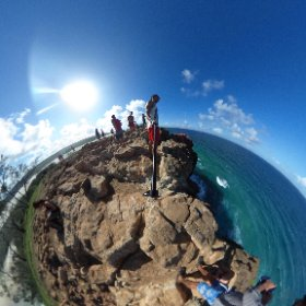 Click and move this 360° pic #theta360