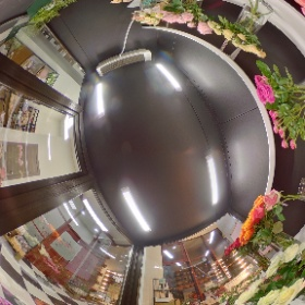 Funburg Flower shop, Moscow #theta360