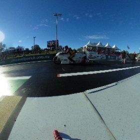 Qualifying session 1. #mywinternats #aussieprobike Scott White v Locky Ireland. #theta360