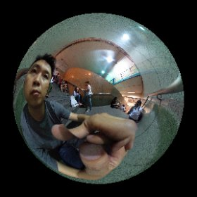 Stranded in the rain at Ladprao station #theta360