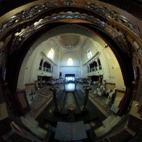 Sala principala vazuta din altar - Crematoriul Cenusa