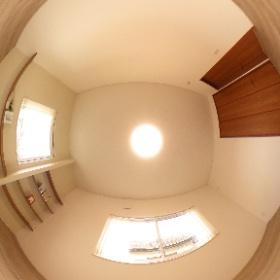 神田新町 子供室2(黄色) #theta360