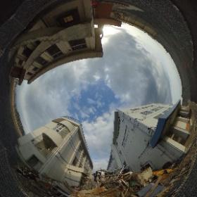 気仙沼市 東日本大震災遺構・伝承館 折り重なった車