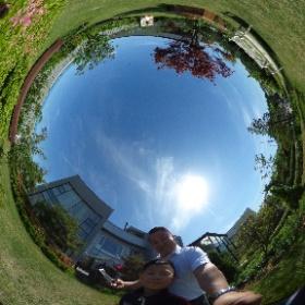 시우 아빠와 함께 소풍스튜디오 정원에서
