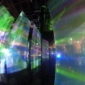 AGC旭硝子 創立110周年記念展「FEEL! GLASS」 1年目のインスタレーションの空間デザインを担当させていただきました。設営を終え、準備万端! [開催期間] 11月20日(月)~11月26日(日)11:00~20:00 ※11月22日(水)は16:30まで。 [場所]表参道ヒルズ 本館B3F スペース オー〒150-0001 東京都渋谷区神宮前4丁目12番10号 ACCESS [主催]AGC旭硝子 #feelglass#AGC旭硝子#AGC #theta360 #theta360