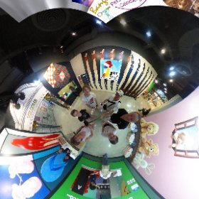 Art in Paradise Bangkok, interactive 3D Museum in Esplanade Shopping Mall Bangkok, create your unique photo art or watch others performing lol   SM hub http://goo.gl/8szx0Y   BEST HASHTAGS #ArtInParadiseBkk  Industry #BkkMuseum   #firefly3d