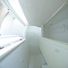 GlantzT2 106号室 階段