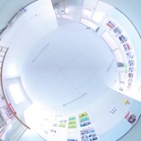 弘前医療福祉大学短期大学部 廊下 2階 #theta360