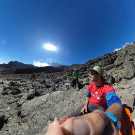 Day 3 on #Kilimanjaro, taking a rest while trekking upward toward Barranca Camp. #theta360 #smellegendary