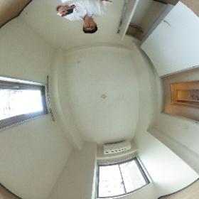 世田谷区上野毛にあります「グレーシァ上野毛」2LDKの南西側洋室のパノラマ写真です。お子様の寝室として。物件詳細はこちらhttp://www.futabafudousan.com/bukken/g/syousai/1dat.html #theta360