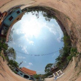 วัดถ้ำบุญนาค (Wat ThamBoonNak) ตั้งอยู่หมู่ 11 บ้านก้าวเจริญ ตำบลน้ำแวน อำเภอเชียงคำ จังหวัดพะเยา 56110 @ http://www.Wat.today/ @ http://www.วัด.ไทย/