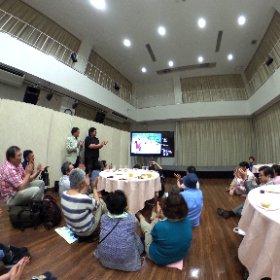 ブラタモリ、ひろさき土手町コミュニティパークのパブリックビューイング終了時の拍手👏👏 #ブラタモリ #弘前 #theta360